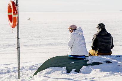 Otsonikerros Suomen yllä on tällä hetkellä poikkeuksellisen ohut – ulkoilijoiden kannattaa suojautua UV-säteilyltä