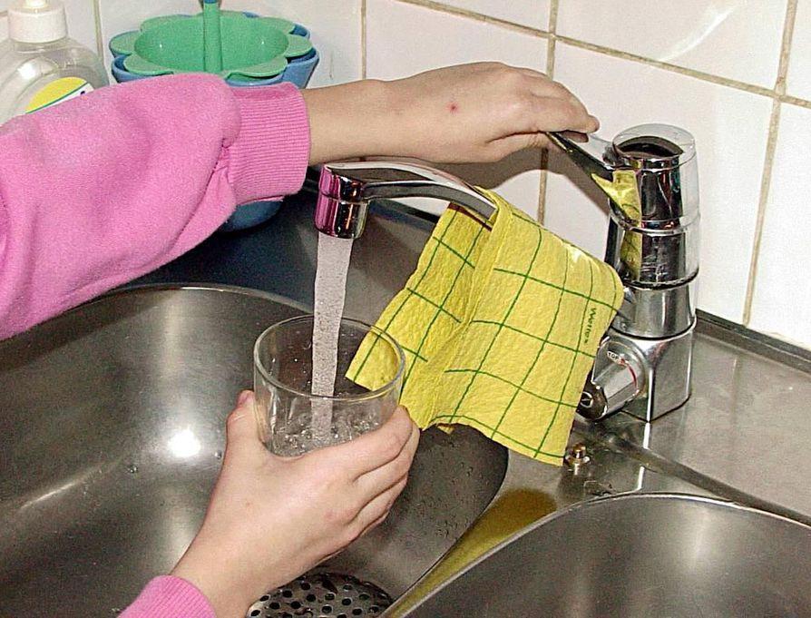 Vettä ei suositella käytettäväksi talousvetenä, ellei vesi ole ulkonäöltään kirkasta ja sakatonta.
