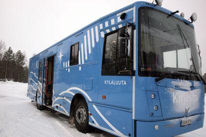 Kuusamo ostaa Kemijärven lähes uuden kirjastoauto Kyläluudan – myynnin taustalla talouden sopeuttamisohjelma
