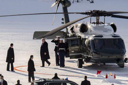 Virkarikosoikeudenkäynnin kohteena oleva Trump laskeutui Sveitsin Davosiin