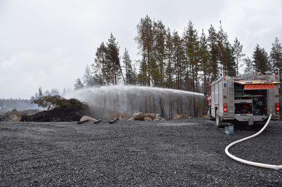 Jokilaaksojen pelastuslaitokselle tulee laskuja edelleen metsäpalon sammutustöistä, johtokunta hyväksyi 400 000 euroa lisää euroja