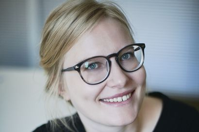 """Taivalkoskelaislähtöiseltä Anna-Liisa Ahokummulta uusi romaani keväällä: """"Kolme rukousta äidille on kahdessa aikatasossa kulkeva romaani tyttärien ja äitien yhteisestä muistista"""""""