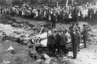 """Viikon lopuksi: Suomalaiset """"alppilentäjät"""" olivat vuonna 1920 nuoren tasavallan konehankkeen uhreja"""