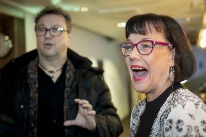 Simo ja Kirsti Aalto ovat aviopari, jota yhdistää taikuus