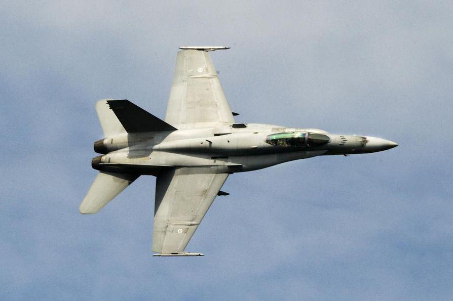 Oulusta käsin lentää tällä viikolla yhteensä yhdeksän hävittäjää.