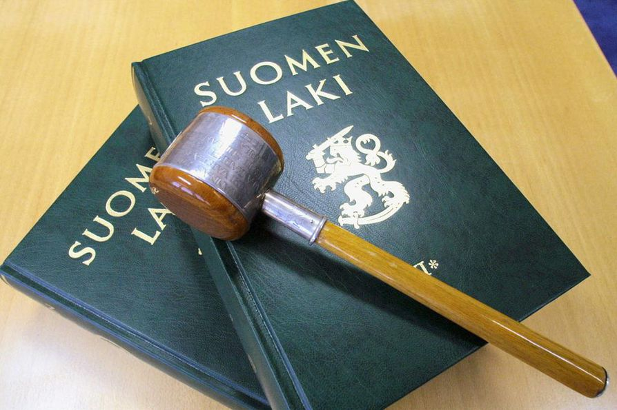 Käräjäoikeuden määräämät päiväsakot vaihtelevat 20:stä 45:een.