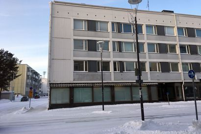 Tämä kerrostalo puretaan pois Rovaniemen keskustasta – Katso, miltä paikalle rakennettava kuusikerroksinen talo näyttää