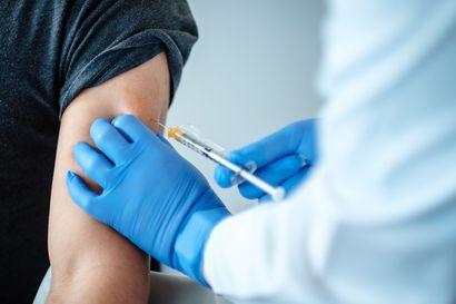 Britannia aloittaa riskiryhmien rokottamisen ensi viikolla – Suomi odottaa EU:n virallista myyntilupaa