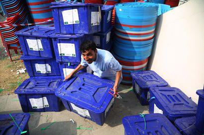 Afganistanin presidentinvaalien tuloksesta ei vieläkään tietoa, vaikka vaalit pidettiin jo syyskuussa