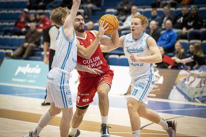 """Oulu Basketball on orastavassa voittoputkessa – """"Jätkät todella halusivat tämän voiton"""""""