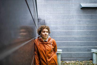 Korona sai Johanna Tähden hakemaan opintotukiaikaansa jatkoa – Kelalle tulleiden hakemusten määrä kasvoi huomattavasti