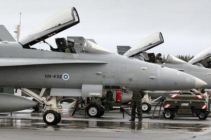 Hornetilla jälleen vaaratilanne Rovaniemellä ja pelastuslaitos pyydettiin hätiin – Kevään suurimmassa lentoharjoituksessa Rovaniemi taistelee Kuopiota vastaan