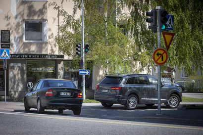 """Näin Oulun poliisi aikoo valvoa uuden lain noudattamista liikenteessä – """"Silläkin, joka on oikeassa, on velvollisuus ottaa huomioon, että kaikki eivät välttämättä aja liikennesääntöjen mukaan"""""""