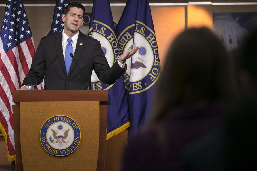Edustajainhuoneen puhemies Paul Ryan pidättäytyy kampanjoinnista 30 päivän ajaksi.