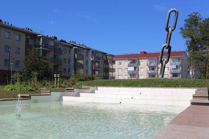 Rovaniemi muistuttaa: Aseveli-muistomerkin altaassa ei saa kahlata