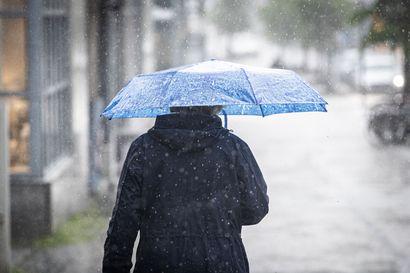 Elokuu alkaa Lapissa sateisena ja viileänä – viikon puolivälissä sää poutaantuu ja ilmakin lämpenee
