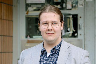 Oululainen Ilari Kinnunen aikoo keikkamuusikoksi – eri kokoonpanoissa esiintyvä ja omaa musiikkia työstävä rumpali vahvistaa osaamistaan musiikkipedagogin opinnoilla