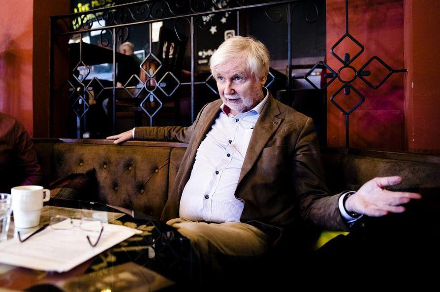 Kansanedustaja Erkki Tuomiojan (sd.) mukaan Sdp:n ja vasemmistoliiton erot ovat poistuneet.
