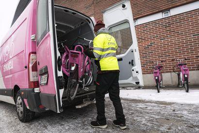 """Kaikki Sykkeleillä tehdyt matkat otetaan talven aikana tarkkaan syyniin palvelun kehittämistä varten – """"Kahden kuukauden kokemusten perusteella ei voida sanoa mitään"""""""