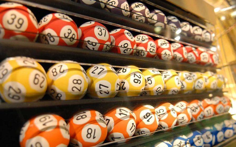 Veikkauksen mainonnan ylilyönnit ovat nostaneet kesällä rahapeliyhtiön toiminnan julkiseen keskusteluun.