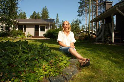 """Taivalkoskelaisille puutarhurina tuttu Ulla Majava, 60, on tehnyt pitkän uran työllistymisen edistäjänä – Elämää vähän hankaloittava ja surullinen asia on se, että palvelut vähenevät"""""""