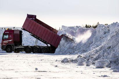 Vastaus lumityöpulmaan: Lumesta tulee omaisuutta, kun se osuu maahan