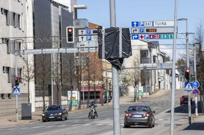 Oulun keskustan nopeusrajoitus laskee kolmeenkymppiin ensi viikolla