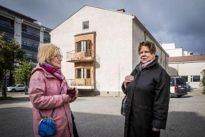 Kävelylle Rovakadun historiaan –Katso kuvagalleriasta, miltä yksi Rovaniemen pääkaduista on näyttänyt vuosien varrella