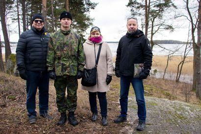 Rovaniemen poika lähti Merivoimiin – Sukeltajakoulutukseen päässyt Eelis Hukka vannoi sotilasvalansa Upinniemessä lähes 900 alokkaan joukossa