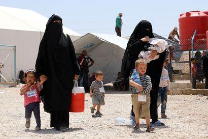 UM: Al-Holin leirillä jäljellä alle kymmenen suomalaisnaista lapsineen