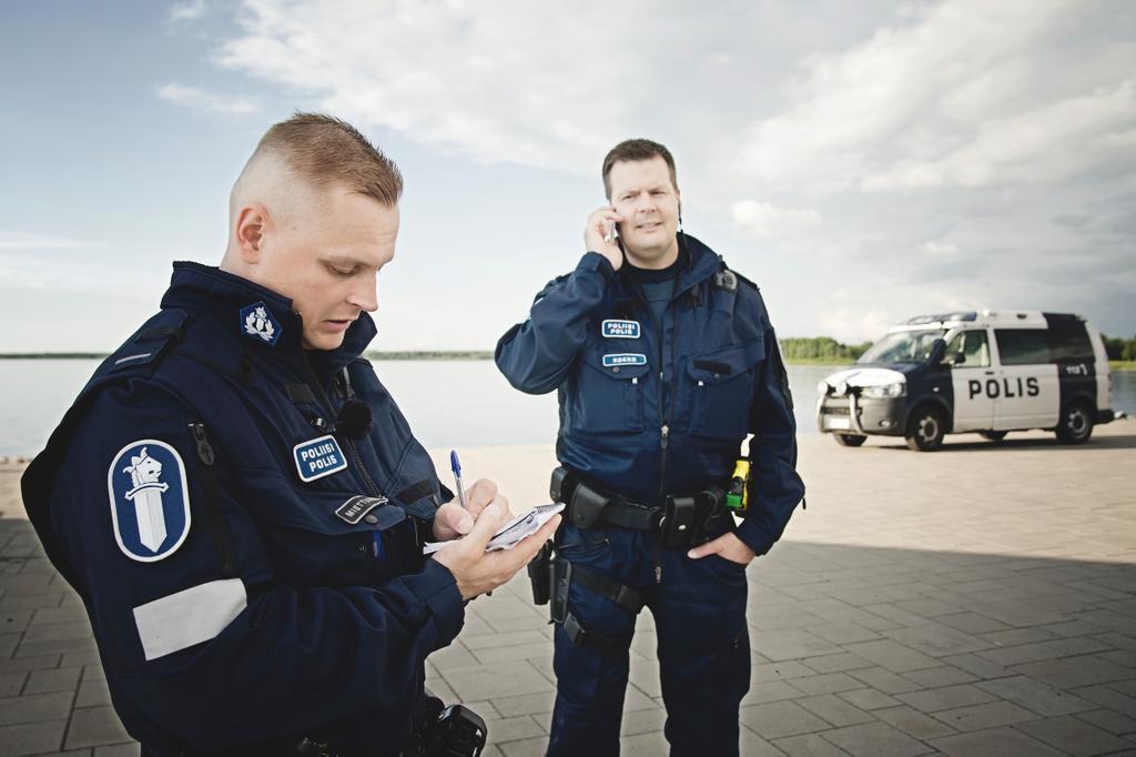 Poliisit Oulu