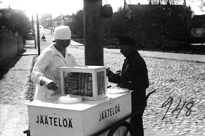 Vanhat kuvat: Jäätelökesää vietettiin Pohjois-Suomessa – muistatko nämä kioskit?