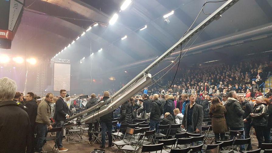joulu vaasa 2018 Vaasan konserttiesiintyjä luuli putkien romahdusta ensin efektiksi  joulu vaasa 2018