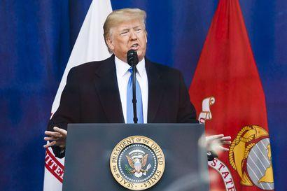 Tosielämän saippuaoopperan odotetaan keräävän miljoonia ihmisiä tv-ruutujen ääreen – Trumpin virkasyyte siirtyy tänään televisioon
