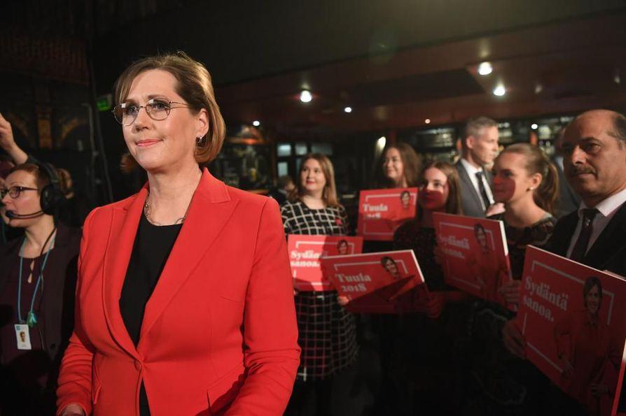 Tuula Haatainen (Sdp.) saavutti presidentinvaaleissa ainoastaan 3,3 prosentin kannatuksen.