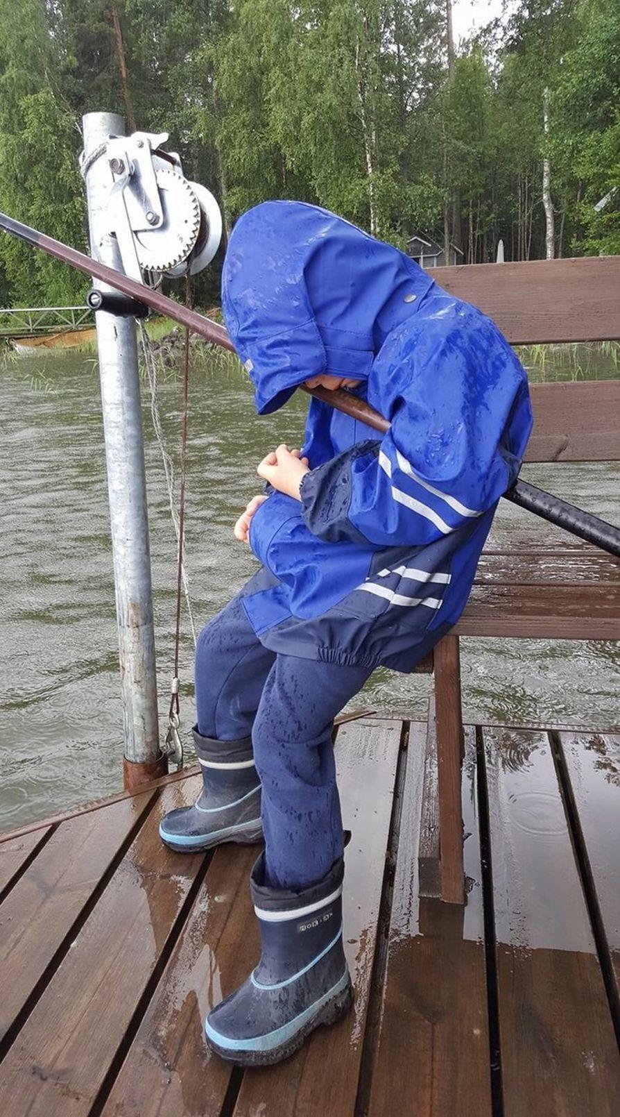 Väsy iski kalamieheen, Aleksi 4 v.