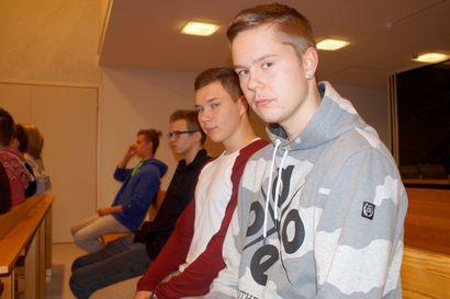 Millaista on kutsunnoissa? – Heikki ja Valtteri saivat ensituntumaa armeijan komentoon