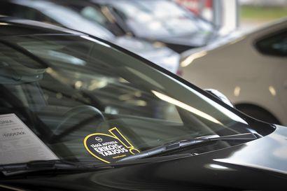 Autojen ensirekisteröinnit vähenivät Pohjois-Pohjanmaalla roimasti ilman koronaakin, autoala ennustaa lama-ajan lukuja
