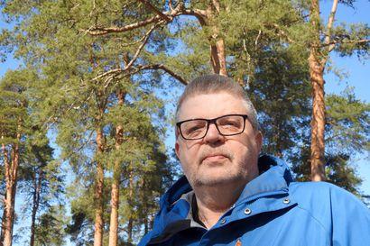 """Tapani Blomster selvitti Pohjois-Suomen ruotusotilaiden vaiheita: """"Kemin komppania oli vihoviimeinen reservi, joka myöhästyi aina"""""""
