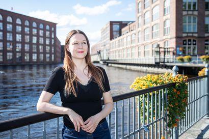 """Tuntsa kestää tulkinnat – Väinö Linnan klassikkoteos sai nuorison tekemään mielikuvituksellisia fanifiktioita ja """"Tuntsa-videoita"""""""