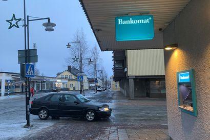 Ruotsi turvaa lailla pankkiautomaatit – myös pienissä kunnissa on oltava palvelut saatavilla