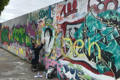 Berliinin muuri murtui 9. marraskuuta 1989, mutta miksi se rakennettiin?