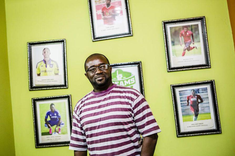 Dreams FC:n pääomistaja Kurt Okraku viritti yhteistyön accralaisten ja rovaniemeläisten välille.