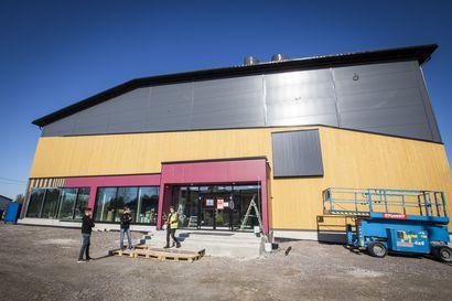 Katso video ja kuvat: Tältä näyttää nyt Krankka-areenan sisätiloissa – elokuussa avautuvan urheilukeskuksen seinältä löytyy muun muassa Limingan suurin led-näyttö