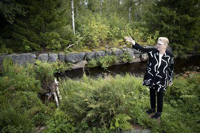 Pieni ja arkinen voi ollakin Wau–vaikka Oulun perusnähtävyydet pitävätkin pintansa, voi vierailijalle elämyksen tuoda myös pottupelto, jäkäläkangas, nuotiokärkkäri tai käsityön tuoksu