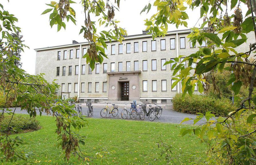 Ainolan puistossa sijaitseva maakuntamuseo on rakennettu vuonna 1931.