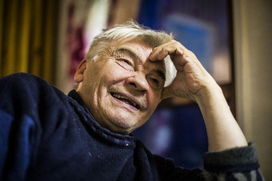Käsivarren paliskunnassa on eniten poroja. Johan Aslak Labba, 76, on sen suurimpia poronomistajia ja kulkee yhä tunturissa.