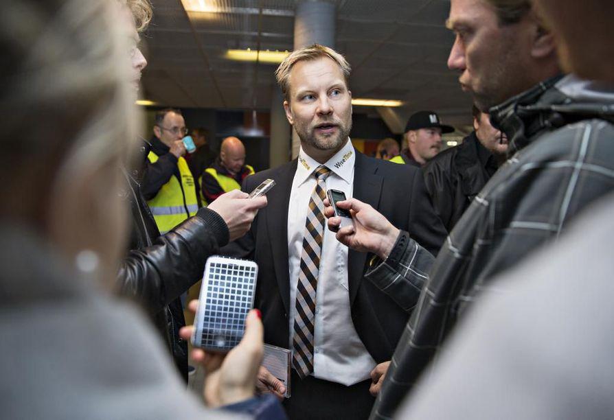 Kärppien päävalmentaja Mikko Manner. Arkistokuva.