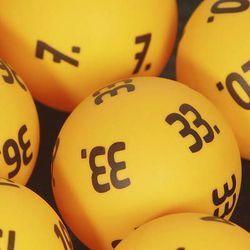 Loton potti nousi 2,4 miljoonaan euroon - ei täysosumia