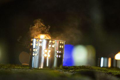 Kynttilät ja ulkotulet aiheuttavat rakennuspaloja vuosittain – näin vähennät vaaratilanteita